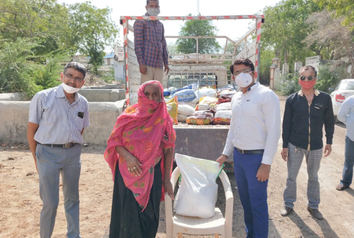 Cadila Pharma steps us efforts to support local communities, distributes essential kits to 1500 families